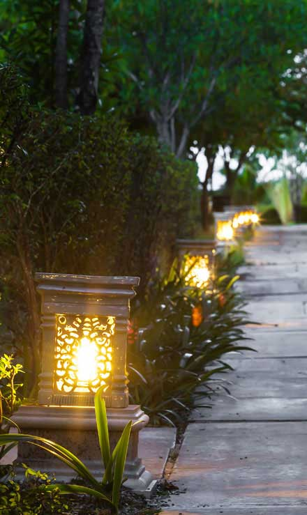 Luna Lawn Care Services Residential Landscape Lighting